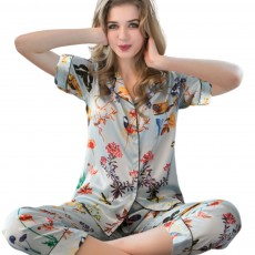 Summer New Ladies Silky Satin Women Pajamas Set Leisure Comfortable Short-sleeved Trousers Shorts Set