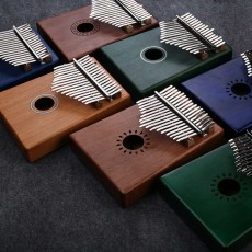 Portable 17 Key Kalimba Thumb Piano Mahogany Musical Instrument Finger Piano with Tuning Hammer for Kids Beginners Music Lovers