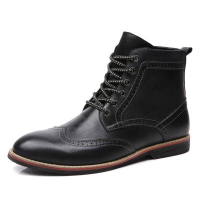 Trending Retro Martin Boots for Men's Wear Casual Style Cow Leather Men Boots Large Size British Carving Boots