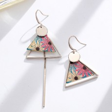 Elegant Holiday Earrings for Women Vocation Style Asymmetrical Earrings with Daisy Peacock Feather Pattern