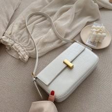 2020 New Niche Design Shoulder Underarm Bag Tide Messenger Bag With Simple Baguette Suitable For Female