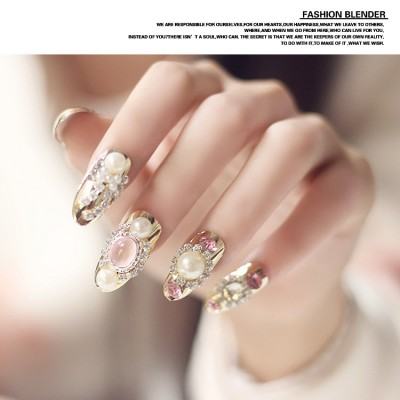 Bridal Nail Art With Shiny Golden Butterfly And Pearl Adhesive Handmade Manicure Fake Nails Long Section N070