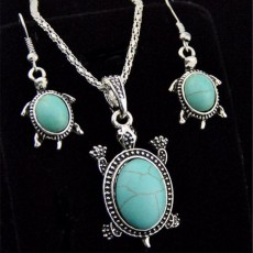Natural Turquoise Tortoise Necklace and Earrings Set Turtle Alloy Necklace and Earrings Two-piece Set