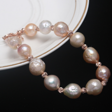 European and American fashion natural freshwater pearl Edison Baroque shaped Pearl Bracelet