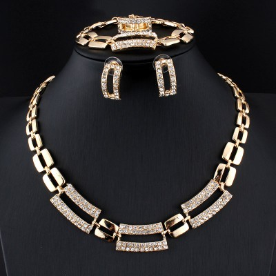 Four Piece Necklace Ring Clavicle Necklace Jewelry Set Wedding Accessories For Ladies