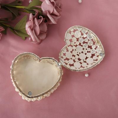 Metal Jewelry Box Hollow Diamond Heart-shaped Jewelry Storage Box Wedding Proposal Wedding Ring Box
