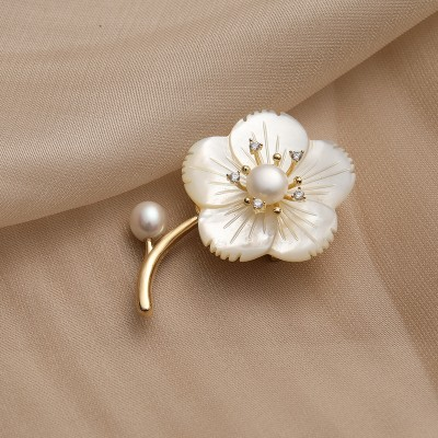 Freshwater Shell Brooch Anti-failure Brooch Accessories Women's Small Suit Clothing Accessories