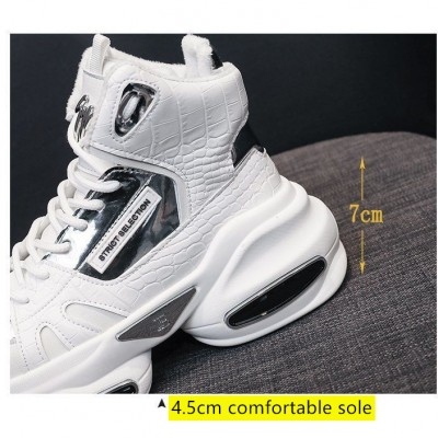 Spring high-top casual sports women's shoes Korean version of the net red sponge cake thick bottom increases the wild fashion Martin short boots tide