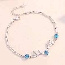Womens Bracelet Small Antlers Bracelet for Women Copper Ladies Deer Shape Jewelry Silver Color