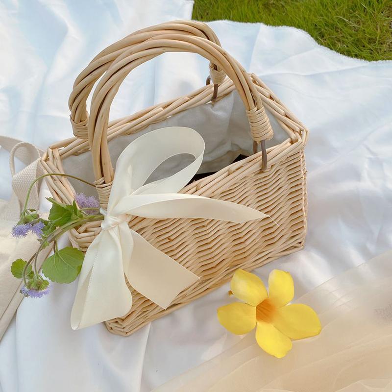 Hand-woven bamboo basket 1