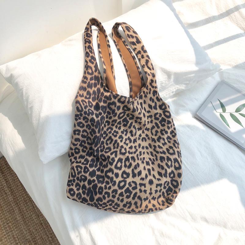 One shoulder portable canvas bag 1