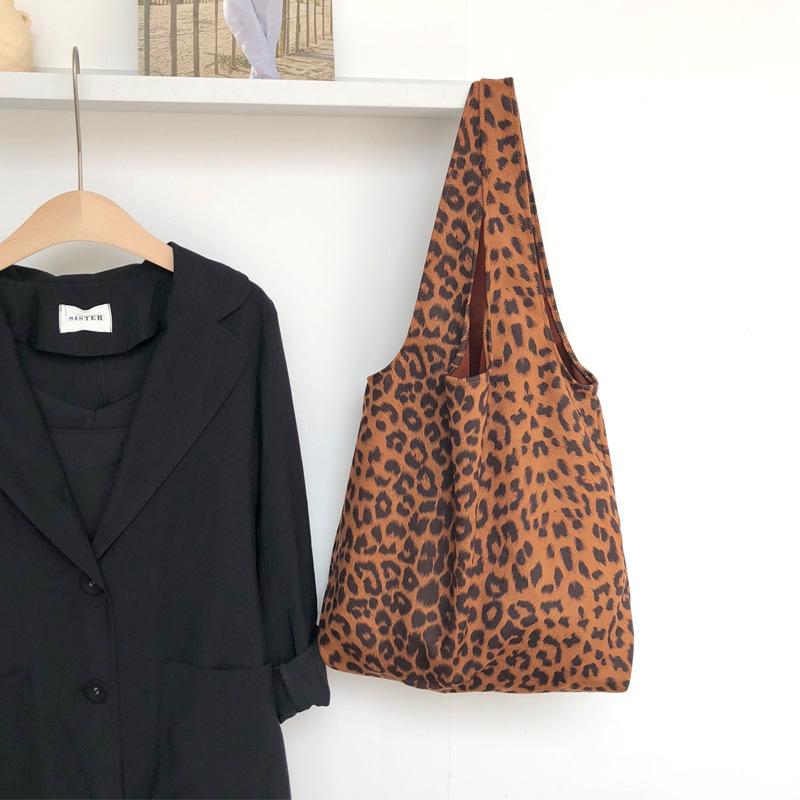 One shoulder portable canvas bag 0