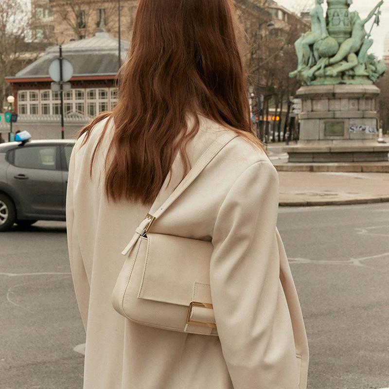 Simple wild handbag 0