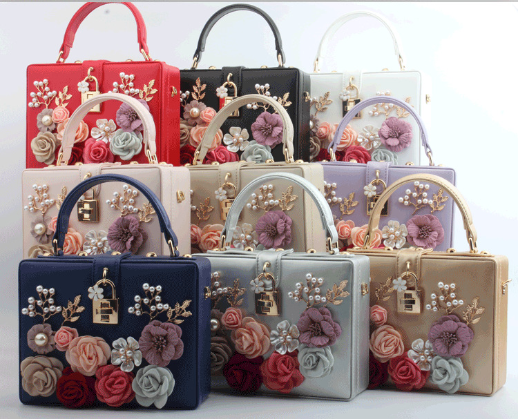 European and American summer new product fashion lock hand-inlaid flower portable small square bag Trendy fashion banquet ladies bag 0