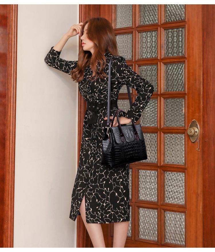 Female bag 2020 new European and American fashion ladies bag crocodile pattern shoulder messenger handbag female big bag 7