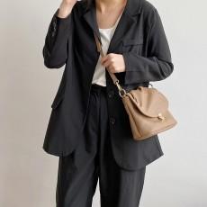 Solid color soft wrinkled crossbody bag