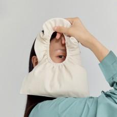 Pleated canvas bag