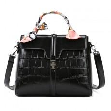 Bag women 2020 new trendy fashion crocodile pattern French handbag female bag 30 not confused large capacity shoulder bag