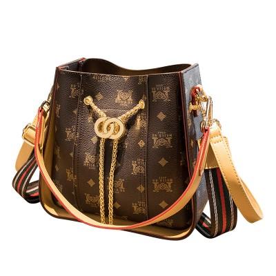 2020 new women's bags European and American fashion trend big luxury shoulder bag simple chain messenger big bag