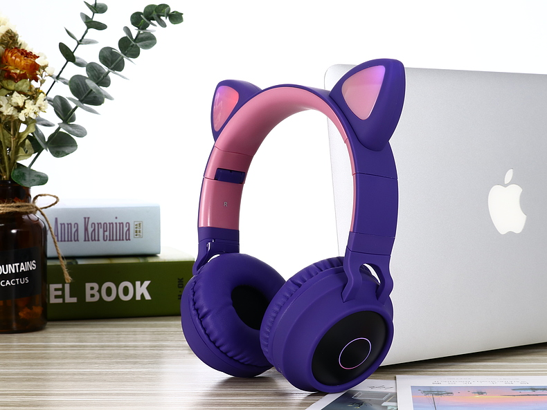 New Arrival LED Cat Ear Noise Cancelling Headphones Bluetooth 5.0 Young People Kids Headset Support TF Card 3.5mm Plug With Mic 6