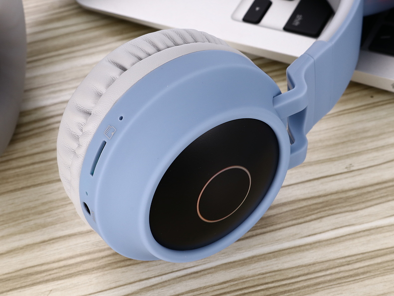 New Arrival LED Cat Ear Noise Cancelling Headphones Bluetooth 5.0 Young People Kids Headset Support TF Card 3.5mm Plug With Mic 8