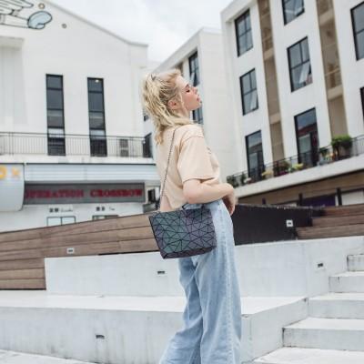 Lingge Shoulder Bag Fashion luminous bag Korean fashion versatile chain messenger bag women's ins