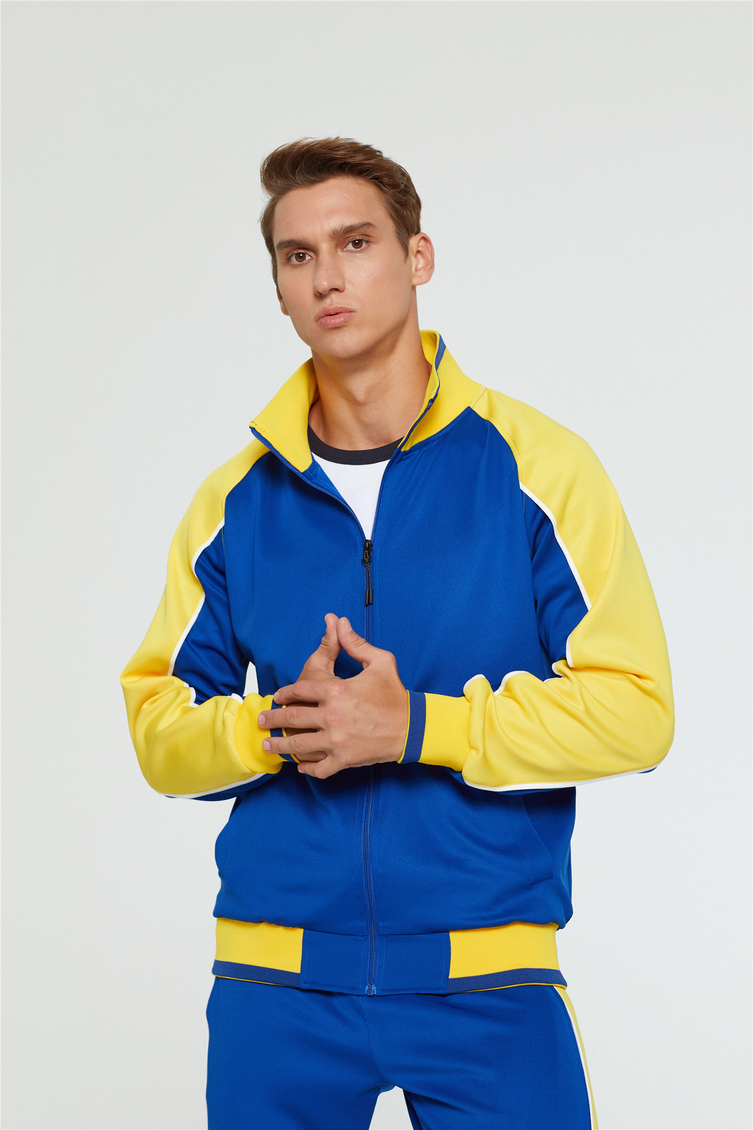 2020 men's autumn and winter new long-sleeved sports two-piece zipper cardigan fashion contrast color simple drawstring big pocket 6