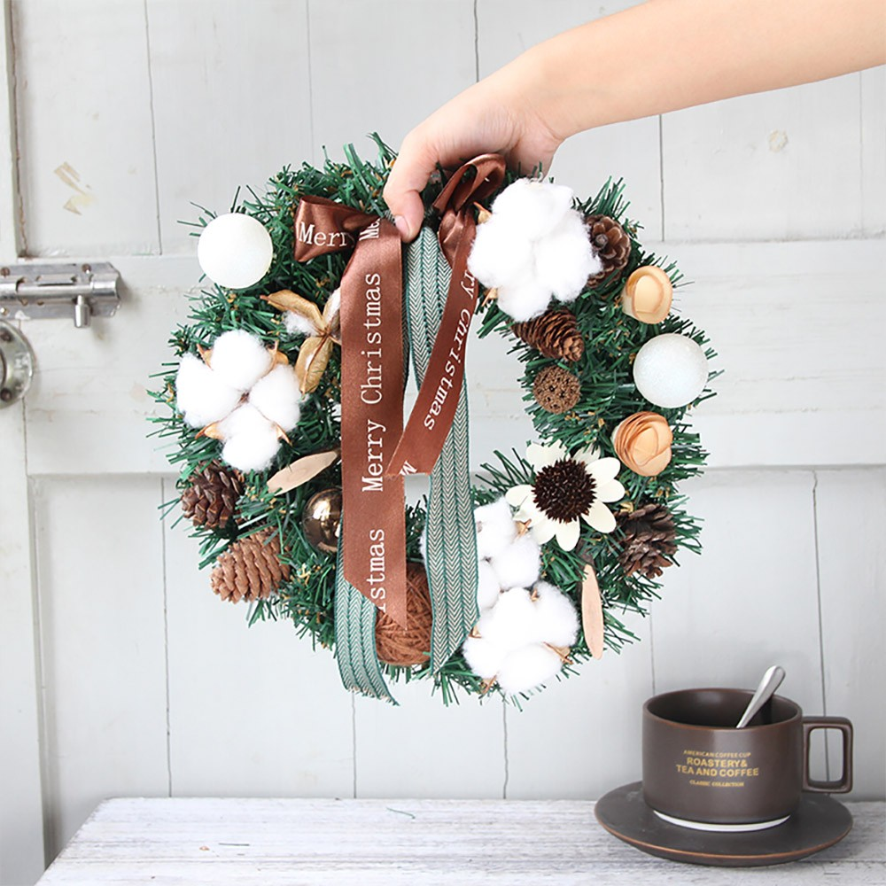 Hand-made Christmas Wreath for Front Door Window Chain Store School Office, Christmas Wreath Door Hanger Fresh Santa Wreath Artificial Chrismas Wreaths